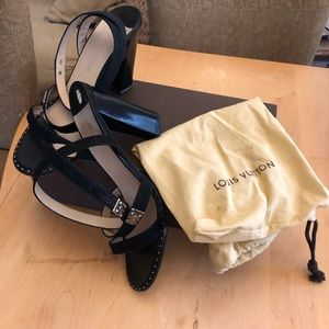 Louis Vuitton Embossed strappy Sandal sz 39.5